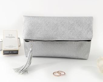 Silver clutch bag Vegan leather clutch Foldover purse Zipper clutch purse Large clutch bag Evening clutch Vegan purse Foldover clutch zipper