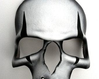 Harlequin Skull Leather Mask