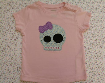 Skull T-shirt with bow
