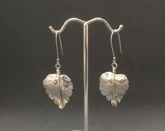 Silver leaf earrings - sterling silver earrings - sterling silver leaf earrings - hammered leaf earrings - minimalist leaf earrings