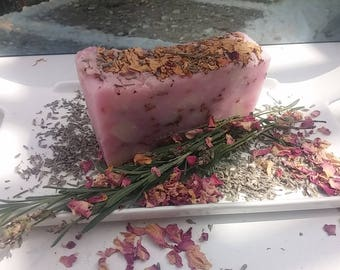 Lavender Rose Soap: Aphrodite's Kiss