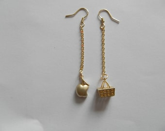 Mismatched earrings Golden Apple and basket
