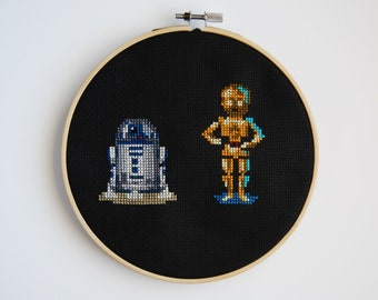 R2D2 and C3PO Cross Stitch Hoop Art, Star Wars fanart, Pixel Art Design, Handmade Embroidery, Wall Hanging,Star Wars wall art, Decor