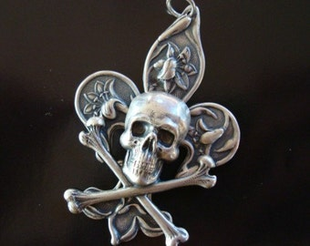 SPIRITED FLEUR de lis, Quality STERLING Silver plate, Pendant Can Be Polished