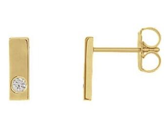 14k yellow gold diamond bar earrings, minimalist earrings, minimalistic jewellery, geometric earrings, diamond stud earrings
