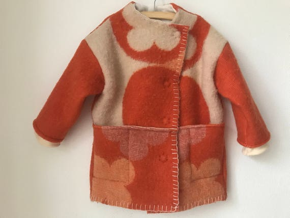 Girls jacket, blanket coat made of vintage wool blankets, orange with offwhite flowers, size 98