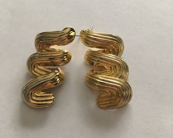 Gold Vintage Squiggle Earrings