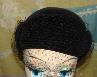 Vintage Mid Century Mod Black Velvet Hat Head Band with netting Noir Adjustable 1960's
