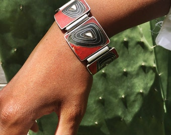 Franz abstract modernist mid century 1950's black red and white sterling silver and enamel vintage bracelet