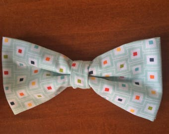 Multicube preppy clip-on bowtie