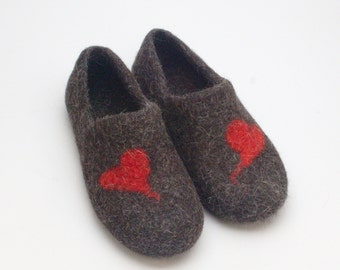 READY to SHIP  size EU 43/ us womens 10.5 Felted Wool Clogs Red Heart best valentines day gift