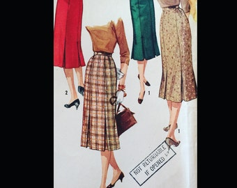 Vintage 50s Midi Length Pleated Skirt Sewing Pattern 1731 W30