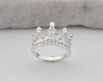 Sterling Silver Crown Ring, Silver Crown Ring, Sterling Silver Princess Ring, Quinceañera jewelry, Crown Ring wit CZ, Bridesmaid rings