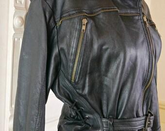 European Vintage Leather Bomber Jacket, Black Leather Coat, Zippered Biker Jacket: Size 12 (US), Size 16 (UK)