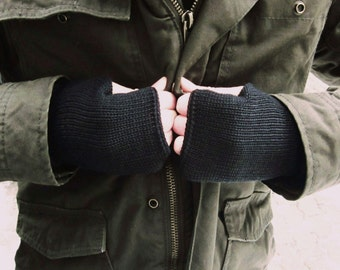 Black Knit Mens Fingerless Gloves, Mittens Cuffs For Him, Mens  Armwarmers, Wristwarmers, Trend-Accessories For Him
