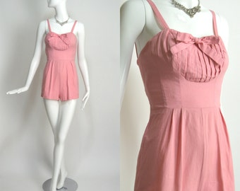"JUNIORITE 1950's Vintage Pink Cotton Adorable Playsuit Bathing Suit Swimsuit Romper Pinup Rockabilly 24"" Waist XSmall"
