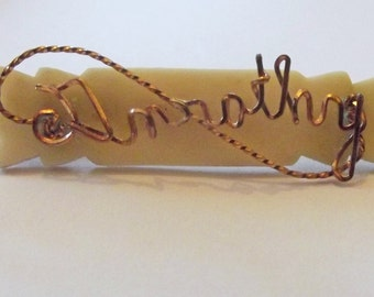 Vintage Dorothy name brooch - celluloid, wire, art deco, British, Dot, Dottie, jewelry, jewellery, baptism, pin, plastic.
