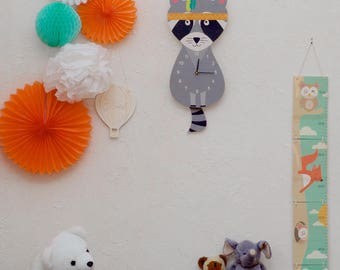 """Simple raccoon"" pendulum wall clock"