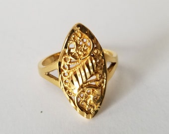 Gold Tone Ring Size 8, Filigree Ring, hallmarked LA