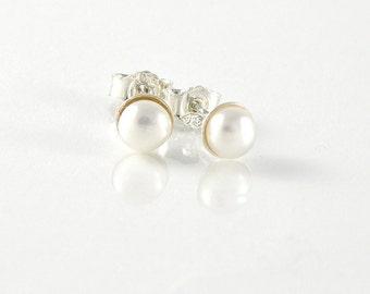 Pearl Earrings Bridesmaid Gift , Pearl Jewelry June Birthstone, White Pearl Post Earrings, Sterling Silver Stud Earrings, Teens Earrings