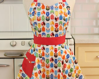 The BELLA Vintage Inspired Little Dolls on White Full Apron