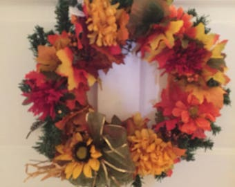 Wreath Fall leaves beautifies 1002 Claude