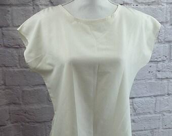 Vintage Lady Arrow Mistique women's blouse ivory small (B29ET)