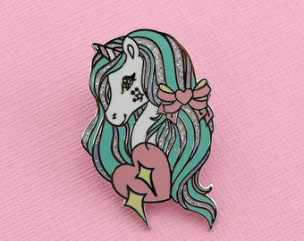 Urbi Unicorn Enamel Pin with Glitter // Unicorn Collection pastel lapel pin/brooch/badge // EP244