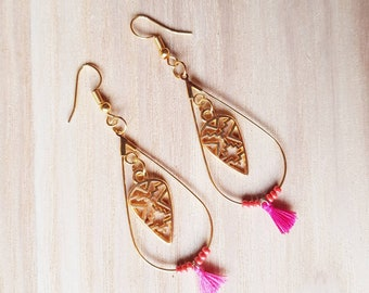 Gold-plated with a touch of pink dangling earrings