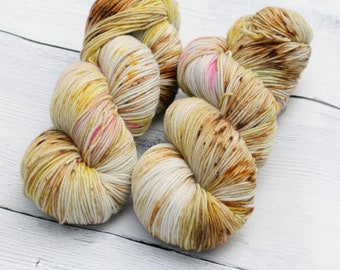 Butter Beer {Theurgic} -  90/10  Superwash Targhee - Nylon - 465 Yards - 115 Grams - Speckled Sock Yarn - 100% Product of USA