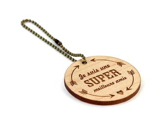 """Keychain """"I'm a super best friend"""" - lasercut maple wood - round wooden keyring with message - graphic accessory - bff - gift"""