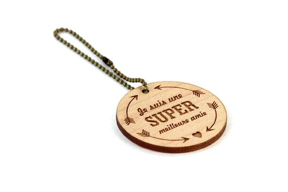 "Keychain ""I'm a super best friend"" - lasercut maple wood - round wooden keyring with message - graphic accessory - bff - gift"