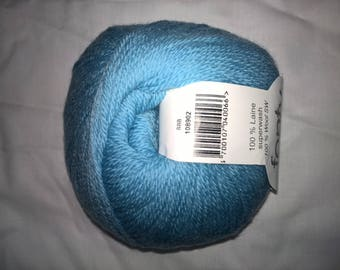 Fonty BB blue Merino yarn: 888