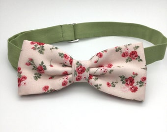 Little Pink Rose Bow tie, Floral Bowtie, Pre tied Men BowTie, Baby Bow tie, Shabby chic Wedding Bow tie, Bow Tie for Groom, Groomsmen Tie