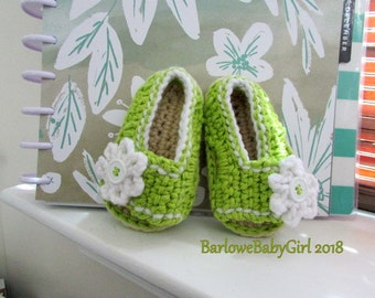 NEW - Buggs - Crochet Girl's Side Button Closure w/ Flower Accent Sandal in Lime green and White - Customize Your Color