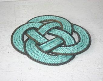 Dark Brown Trimmed Green Colored Rope Pot Holder Trivet Beautiful Nautical