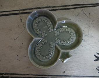 Vintage Green Shamrock Trinket Dish Clover Dish Ireland Irish Green St Patricks Day Ring Catch Ring Holder