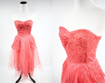 1950s Salmon Strapless Lace Party Dress