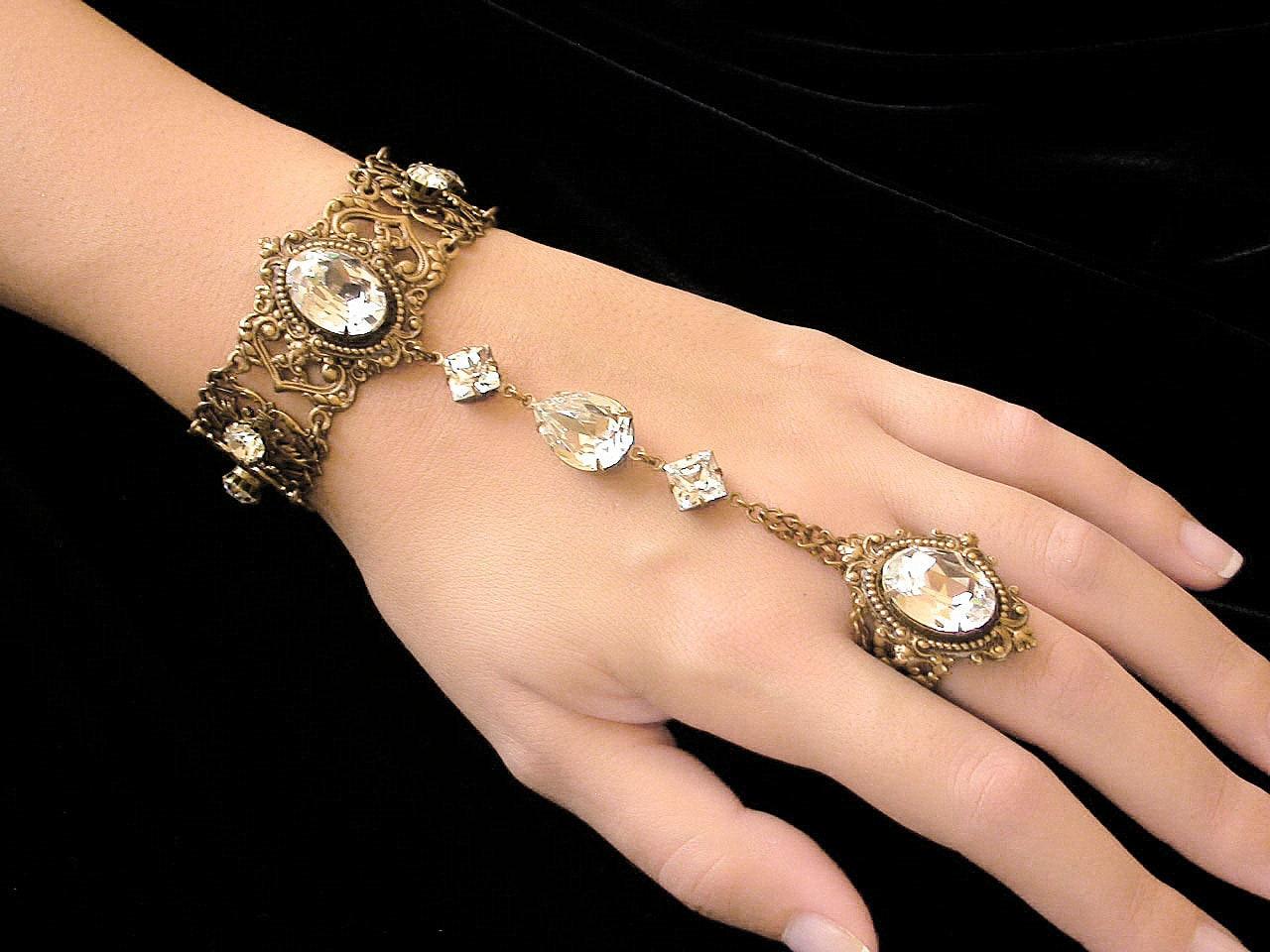 Swarovski Crystal Slave Bracelet With Ring Victorian