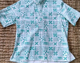Cool Rare University of Hawaii Vintage Shirt