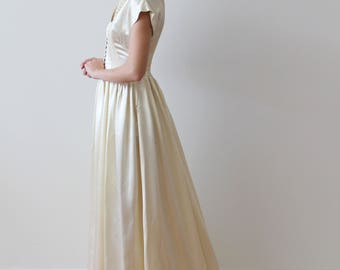 Vintage 1940s Short Sleeved Satin Wedding Gown