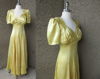 30s/40s Gold Brocade Dress Bias Cut Empire Waist Hollywood Starlet Full Length Gown M