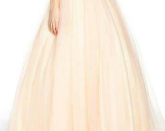 Tulle bride skirt.