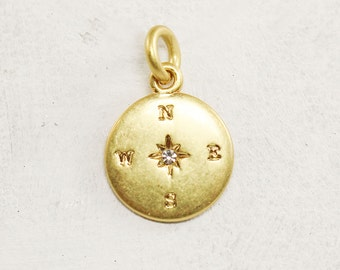 Compass Charm - Pendant – Matte Gold w. Crystal Accent