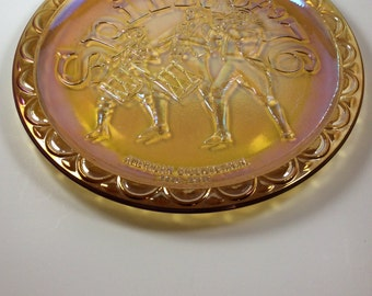 Vintage carnival glass, American bicentennial plate, Spirit of 76 commemorative iridescent plate, collectible carnival glass plate, 1776
