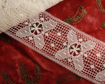 "1.5"" Vintage White Lace Trim per yard"