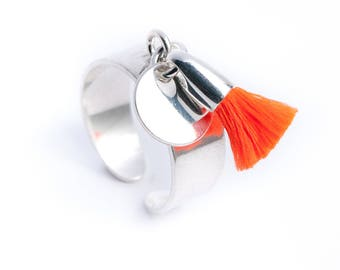 Ring Silver 925 medal pendant and neon orange cotton tassel