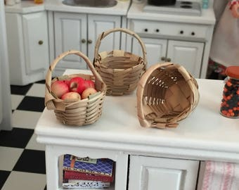 Miniature Baskets, Set of 3, Round Baskets, Dollhouse Miniature, 1:12 Scale, Dollhouse Accessory, Decor, Crafts