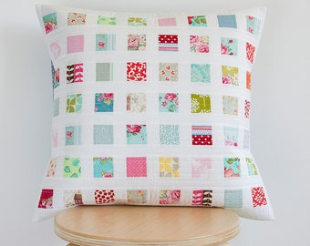 Throw pillow - Quilted pillow cover 50cm x 50cm - Handmade patchwork by Teresa Nogueira