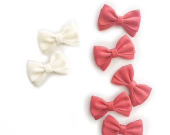 Magnolia>> MINI size red and white hair bow clips headbands